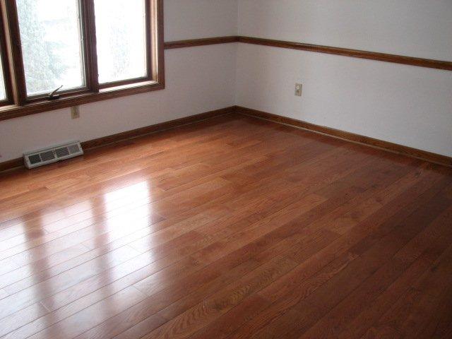 Oak_flooring