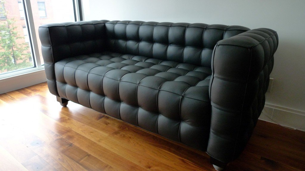 Tufted-Couches