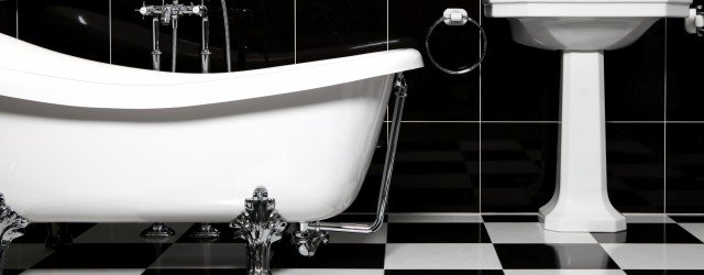 bathroom-night-black-tiles