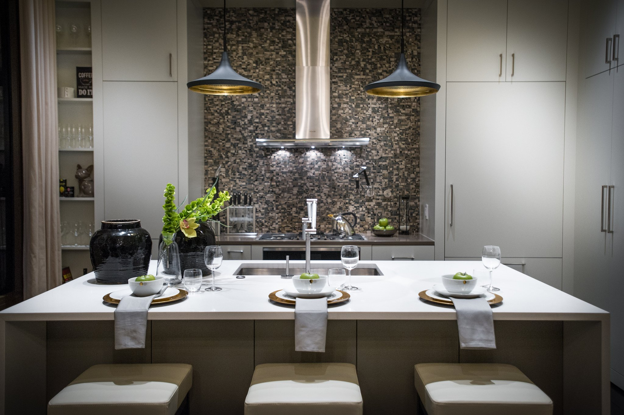 Kitchen Colours Spruce Up Your Kitchen Dark Vs Bright Colors