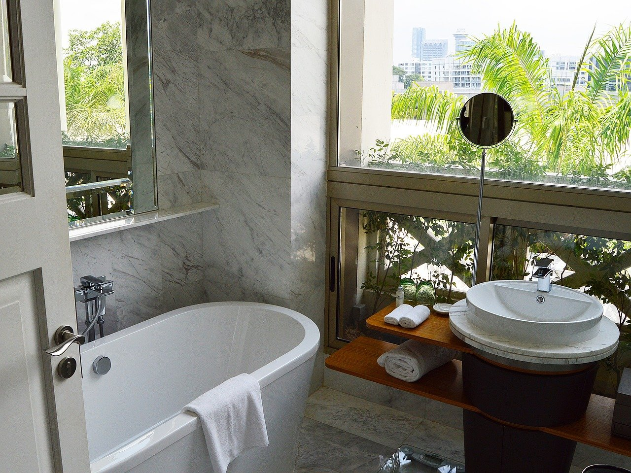 Tips on How to Spruce Up Your Small Bathroom 5