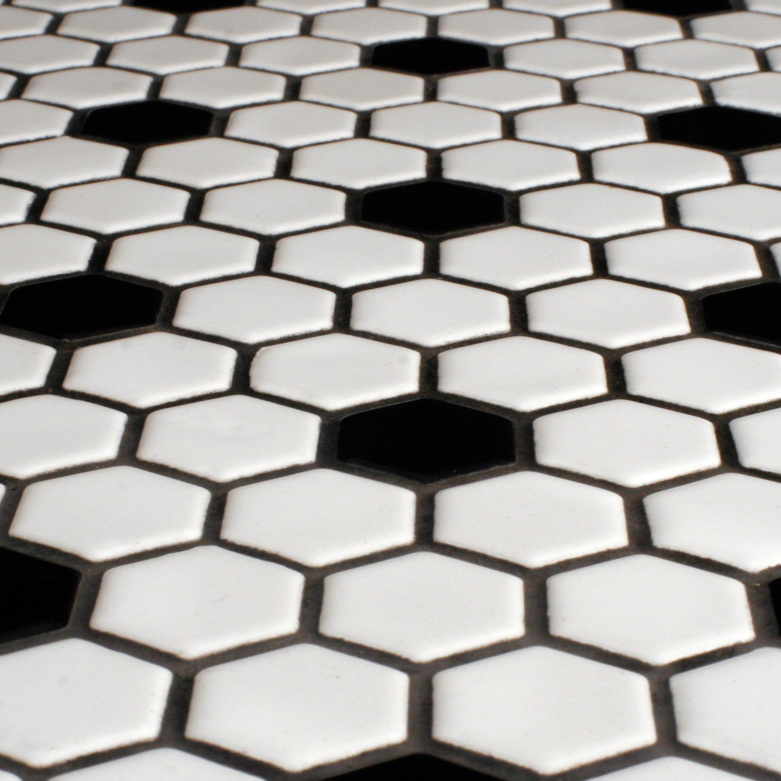 Black And White Tile With Black Grout - Tile Designs