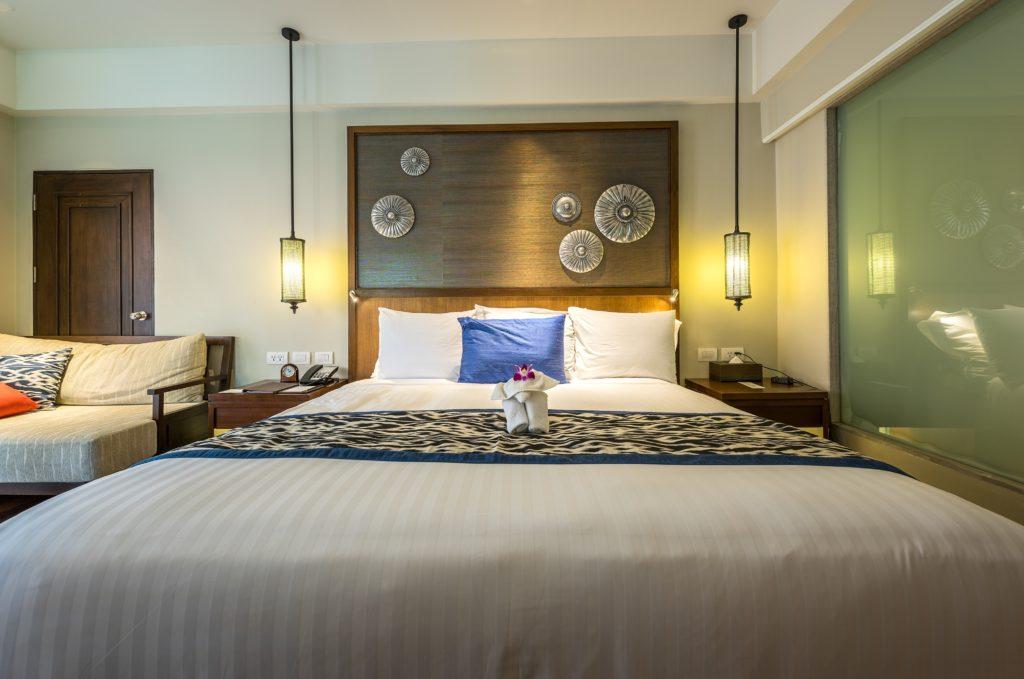 bed-bedroom-headboard-237393