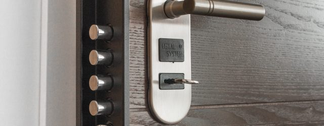 door-handle-key-keyhole-279810